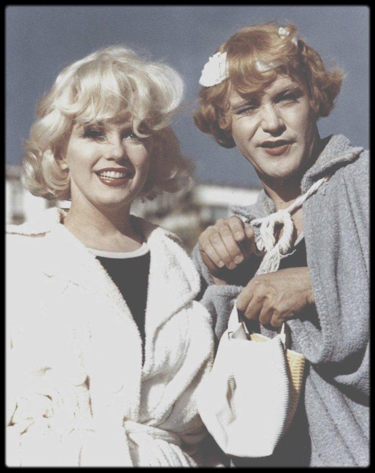 1958    marilyn et jack lemmon    u0026quot deux copines de tournage