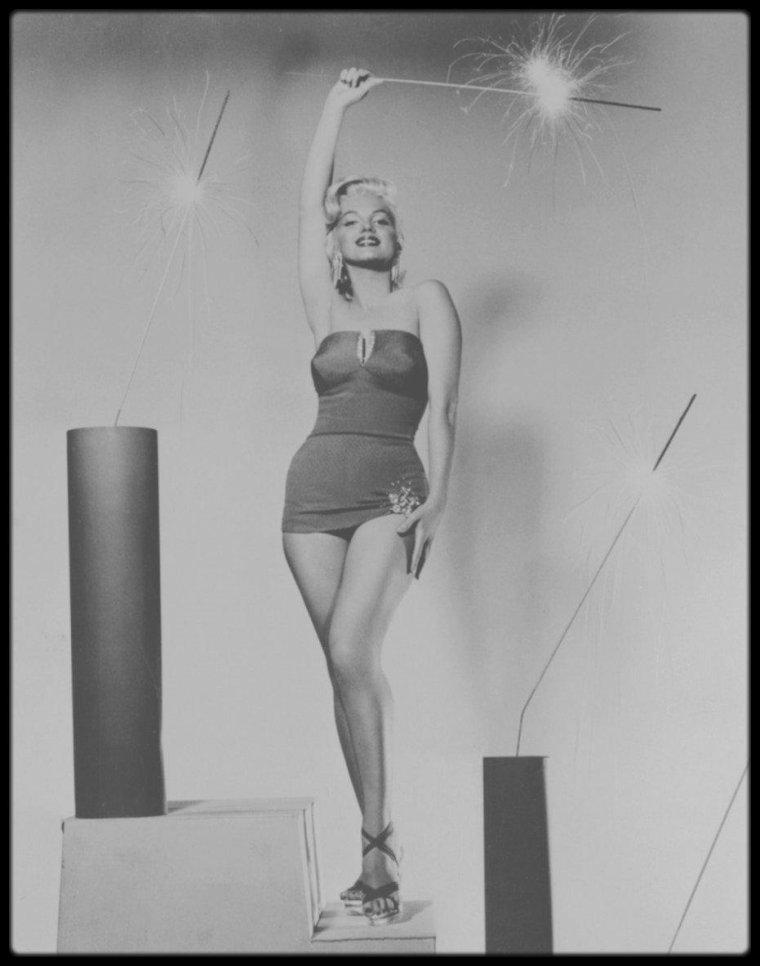 1953 / Un bon 14 JUILLET à toutes et à tous !...