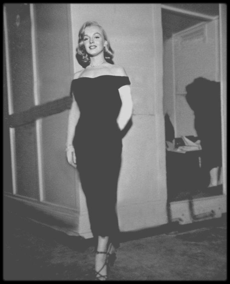"""1949 / RARE Marilyn sur le tournage du film """"The Asphalt jungle""""."""