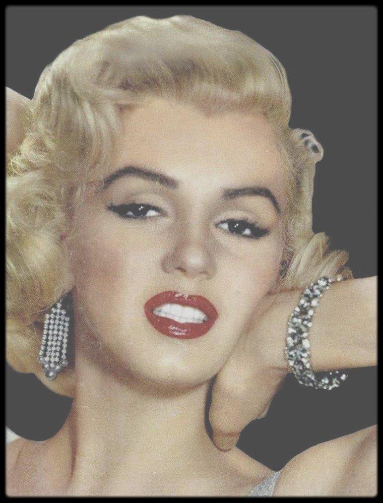"""1953 / RARE Marilyn sur une photo publicitaire pour le film """"How to marry a millionaire""""."""