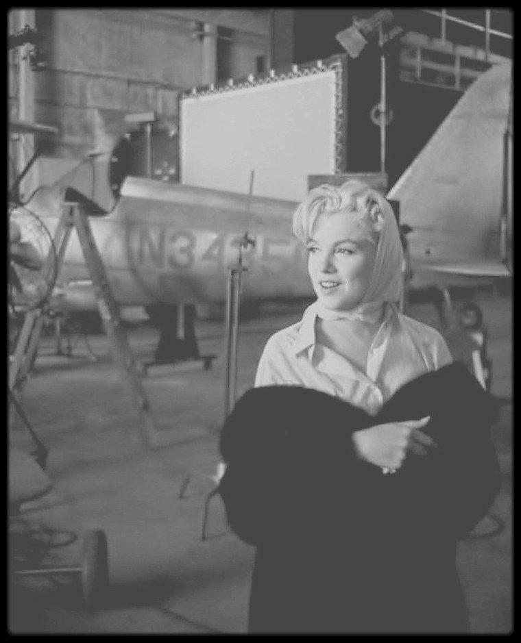 "1960 / RARE Marilyn lors du tournage du film ""The misfits""."