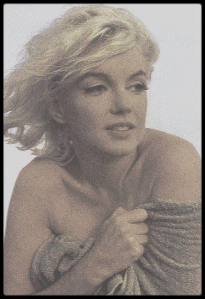 1962 / BONUS PHOTO / Marilyn by George BARRIS, voir article ci-dessous.