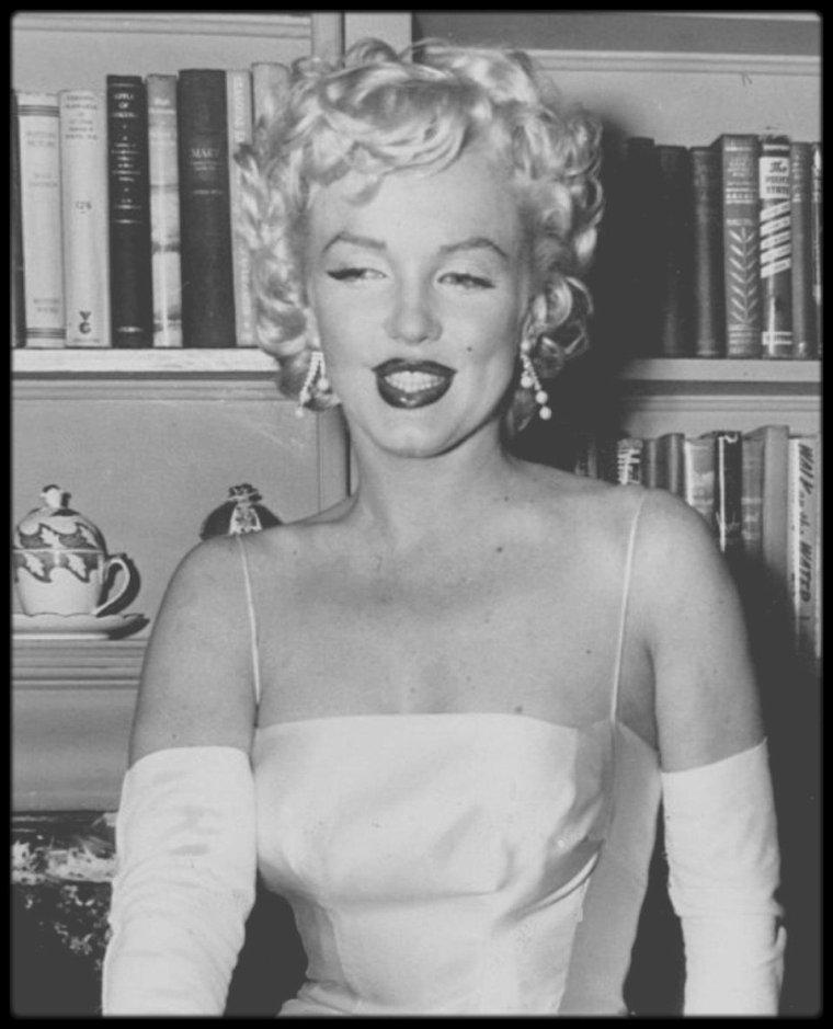 """7 Janvier 1955 / (Part IV) Annonce publique de la création des """"Marilyn MONROE Productions"""" (voir tag pour plus d'infos sur l'article)."""