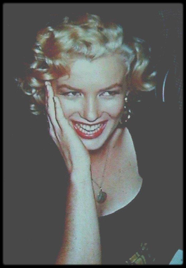 1952-53 / RARE Marilyn