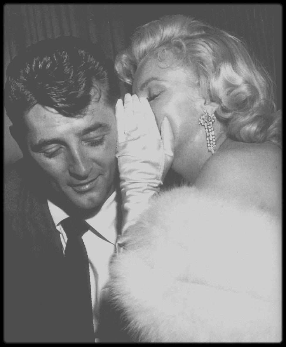 """4 Novembre 1953 / Marilyn se rend à la Première du film """"How to marry a millionaire"""". (voir tags pour ° d'infos sur l'article, nouvelles photos)."""
