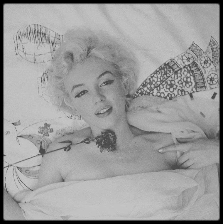 1956 / Une des sessions photos préférées de Marilyn sous l'objectif de Cecil BEATON.