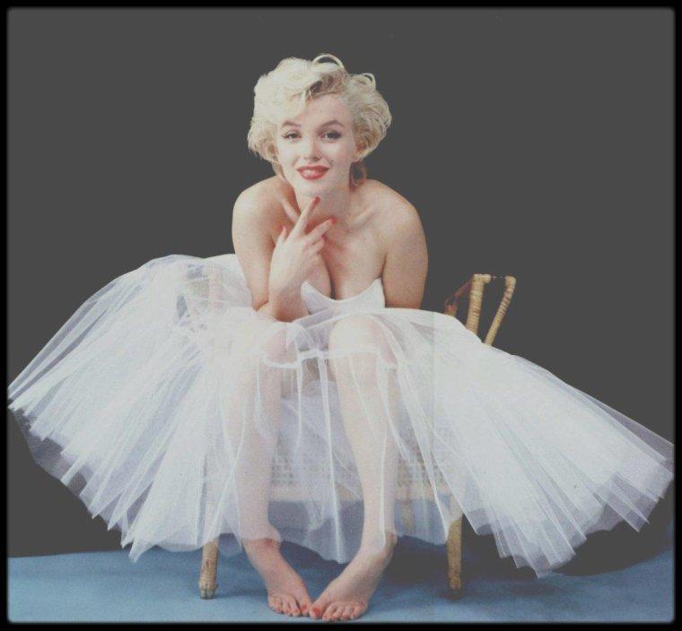 1954 / Marilyn by Milton GREENE.