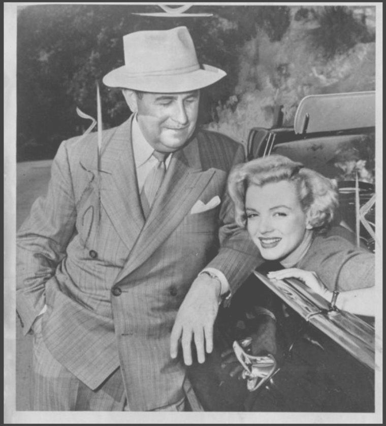 1951 / Marilyn et le photographe Dave CICERO, qui la photographia de 1947 à 1954, notamment en Corée.