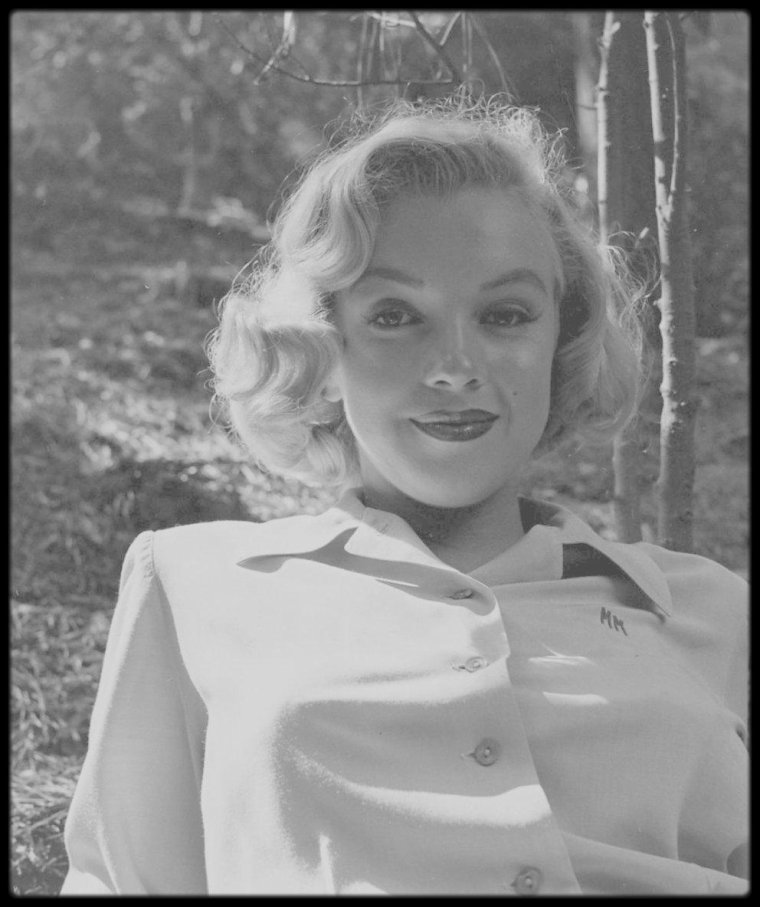 1950 / Nouvelles photos de Marilyn par Edward CLARK, je crois enfin tenir la série complète, à voir sur le blog.
