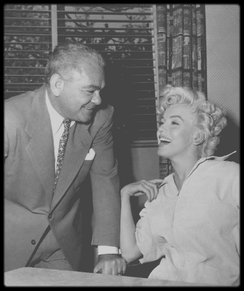 "1954 / RARE Marilyn et Nick JANIOS, propriétaire du ""Cafe of Paris"" de la Fox."