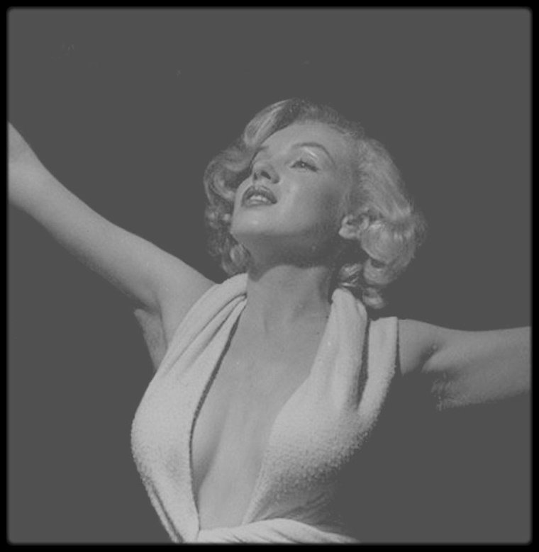 1951 / Marilyn sous l'objectif du photographe Anthony BEAUCHAMP.