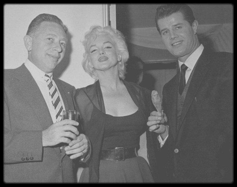 8 Décembre 1954 / RARE Marilyn lors de la soirée d'anniversaire de Sammy DAVIS Jr.