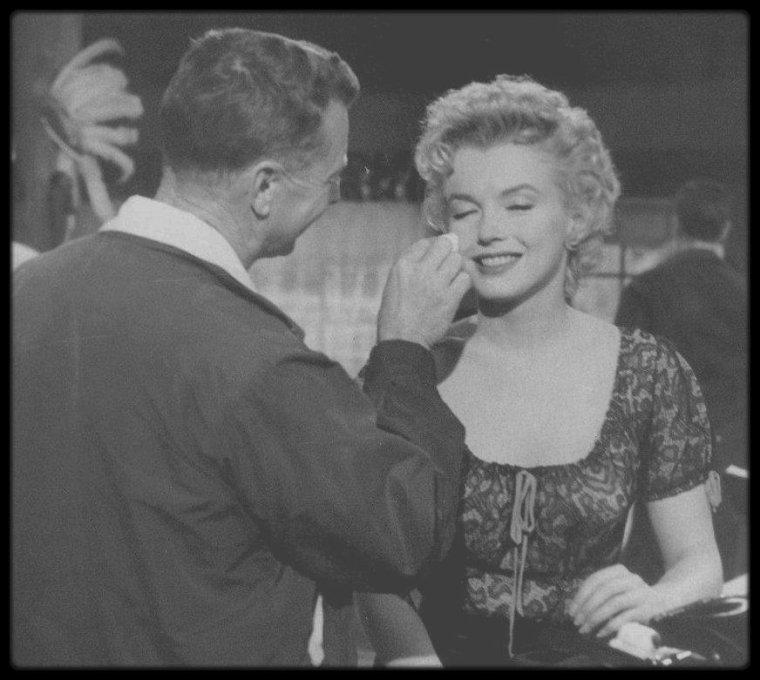 """1956 / Sur le tournage du film """"Bus stop"""". / AUTOUR DU FILM /"""