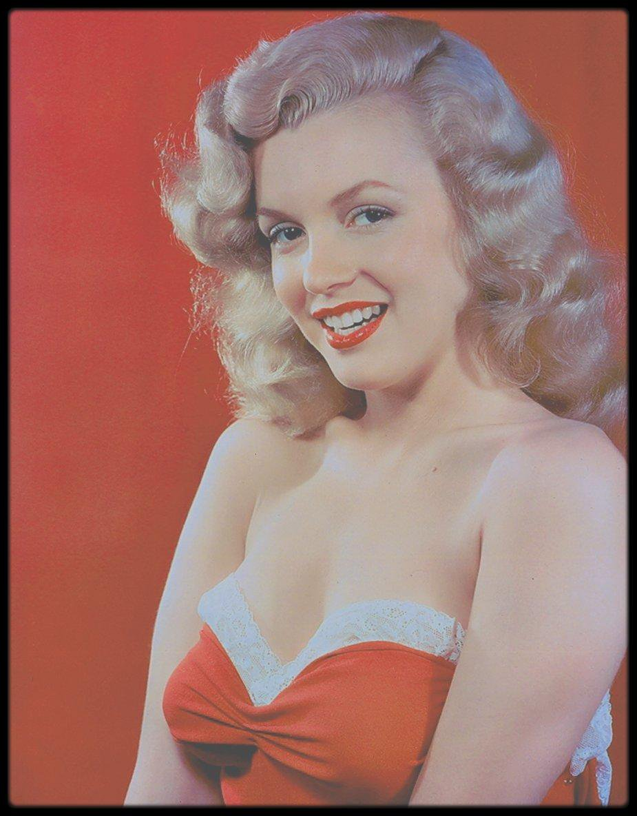 1947-48 / Young Marilyn by Laszlo WILLINGER.