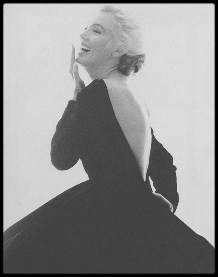 """HOMMAGE A DEUX LEGENDES / Quand les deux femmes les plus photographiées au monde disparaissaient un jour au mois d'août ; Marilyn MONROE un 5 août 1962, il y a 55 ans à l'âge de 36 ans, """"reine de Hollywood"""", Diana SPENCER dite """"Lady Di"""" un 31 août 1997, il y a tout juste 20 ans aujourdhui, à l'âge de 36 ans également, surnommée """"la Princesse du peuple""""."""