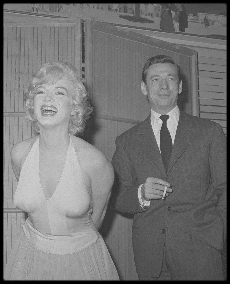 """16 Janvier 1960 / Les MONTAND sont à Hollywood, Yves doit tourner avec Marilyn dans le film de CUKOR, """"Let's make love"""", une conférence de presse est organisée devant la presse mondiale afin de présenter ce nouveau film. On compte notamment parmi les invités, CUKOR, Milton BERLE, Frankie VAUGHAN, les principaux protagonistes du film."""