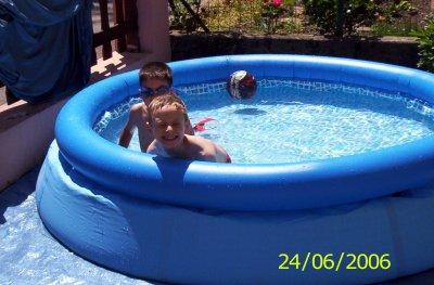 Moi et max a la piscine blog de figodoudou for Piscine autour de moi