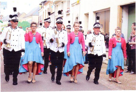 Corso Fleuri à Vibraye (72) le 24 mai 2015