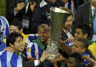Bravo à Porto et au football Portugais pour cette belle Europa ligue ! Comme quoi il ne faut pas avoir que de l'argent !!