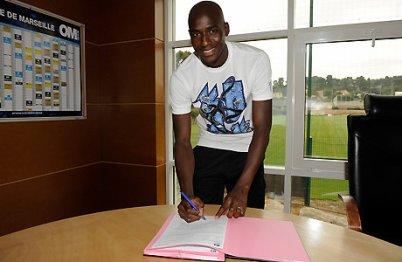Enfin Alou Diarra a signé !!!!