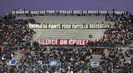 Carton rouge pour les supporters de l'Om ! Ils ont la mémoire courte ! Moi je soutient Deschamps !!