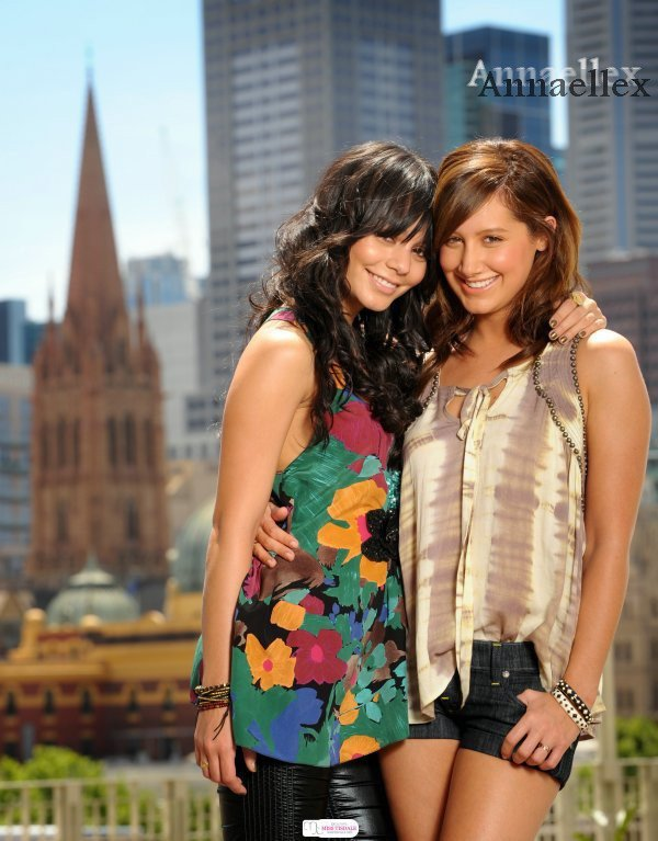 Ashley Tisdale &Vanessa Hudgens . ♥