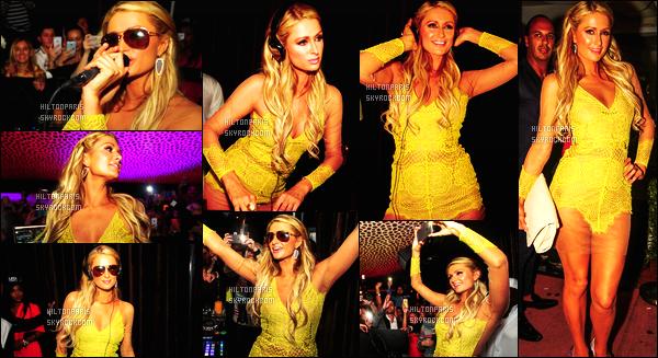------- 23/03/15: La sublime Paris  Hilton photographiée lors d'une soirée, mixant dans la boite de nuit  Cavalli  - Miami. J'aime beaucoup la tenue, j'adore beaucoup la couleur et le tissue. Gros top, Paris Hilton    a  mis le feu et pris son pied derrière les platines. -------