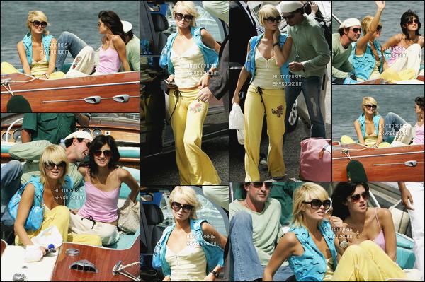 --------  20/05/06  :  La princesse Paris Hilton photographiée avec des amis en promenade avec des amis -  Cannes.  Tenue assez simple, j'aime beaucoup cela va bien à Paris pour une petite balade, j'adore beaucoup aussi ses cheveux court, elle est au top.--------