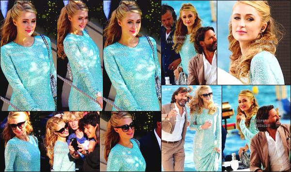 --------  20/05/15 :  Princesse Paris Hilton photographié arrivant sur le plateau « Grand Journal » - à Cannes.   Gros top pour cette tenue à Paris Hilton que j'aime beaucoup et j'aime trop la coiffure bouclé. ( Robe: Philipp Plein ~ Sac: Chanel  )  --------