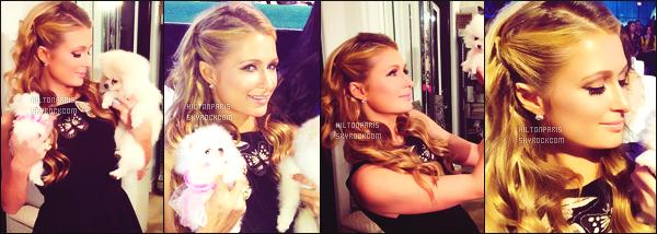 ------- 10/01/15:  Notre merveilleuse  Paris Hilton   photographiée      pour la soirée des « World Dog Awards » - Los Angeles.   Elle est assez  belle.   Énorme top pour cette tenue, j'aime beaucoup cette robe vraiment simple, j'adore trop ses talons original. Gros top. -------