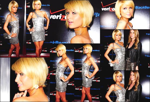 --------  06/02/09  :  La jolie Paris  photographiée assistant à la soirée « Verizon and BlackBerry » - à Los Angeles.  Paris Hilton été accompagnée de sa petite s½ur Nicky Hilton, je suis totalement tres fan de la tenue qu'elle porte, gros top pour Paris Hilton.  --------