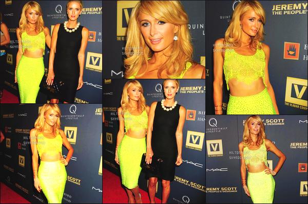 --------  15/09/15 :   Paris Hilton photographié à l'avant première de l'événement de « Jeremy Scott » -  à New York.  Gros top pour cette tenue, j'ai un coup de c½ur pour cette tenue qui va bien à Paris, j'adore son corps de déesse. Le jaune va bien à Paris.   --------