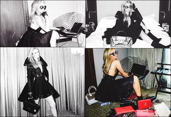 ---------  Découvrez les photos de jolie Paris Hilton sur les réseaux sociaux posant comme un shooting.  Vous pouvez la suivre en directe sur son Snapchat ~ RealParisHilton. Photos prise par son photographe habituel, elle est trop belle Paris.  ---------