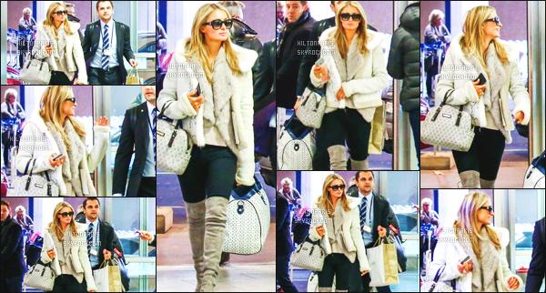 ------- 28/02/16:   La princesse Paris Hilton photographiée dans la journée se rendant à l'aéroport de Zurich en Suisse. Gros top pour cette tenue. J'aime beaucoup son gros manteau, en espérant que se soit de la fausse fourrure. J'aime   ses lunettes de soleil.    -------