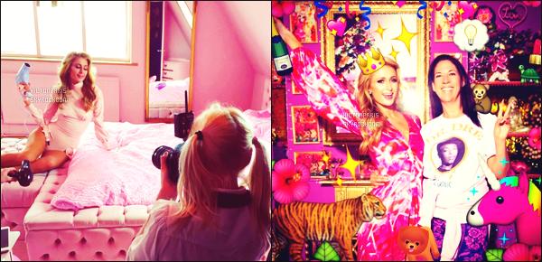 """--------------------------------------  """"""""RESEAUX SOCIAUX"""""""" Découvrez les dernières photos de mlle Paris toujours  actif sur Instagram ou Snapchat. Mai 2016 -   Photos de Paris Hilton, avec une assistance et sur le tournage d'un shoot, tournée à Eaton House Studio dans Londres. --------------------------------------"""