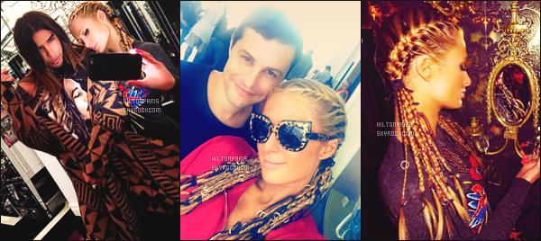 """--------------------------------------  """"""""RESEAUX SOCIAUX"""""""" Découvrez les dernières photos de mlle Paris toujours  actif sur Instagram ou Snapchat. Septembre 2016 -  Paris Hilton est sublime avec ses petites tresses qui lui vont tellement bien, j'adore beaucoup son pull il est  top. --------------------------------------"""