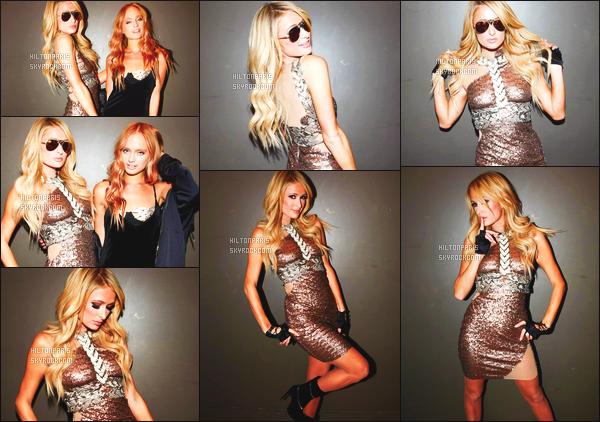 ------- 18/11/16: La magnifique  Paris Hilton photographiée  assistant à l'événement de   Crown Casino -  à Melbourne.  J'adore la tenue, la robe dorée va tellement bien à la sublime Paris, je lui accorde vraiment un gros  top. Je suis amoureuse. Top/Flop?  -------
