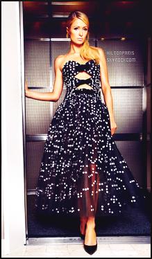 --------   •  • Découvrez Paris Hilton  en shooting pour  « Harpers Bazaar  » - Décembre 2016.   J'ai traduis (j'ai un peu modifier) l'interview de mlle Paris Hilton, je suis vraiment fan des photos, elle a tellement la classe la sublime Paris.  --------