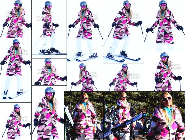 ------- 27/12/16: La magnifique  Paris Hilton photographiée entrain de faire du ski dans la journée toute seule - Aspen. Petit top pour se manteau coloré je ne suis pas trop fan des motifs. Elle reste quand même belle.  J'aime   trop les lunettes de soleil. Top/Flop ?  -------