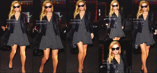 ------- 26/01/17: Notre jolie Paris Hilton photographiée quittant le restaurant    Arts Club   dans la soirée - dans  Londres.   J'adore beaucoup la tenue, qui est  merveilleuse. Paris est trop belle, je suis tellement  fan  de la veste. Gros top pour les lunettes de soleil. -------