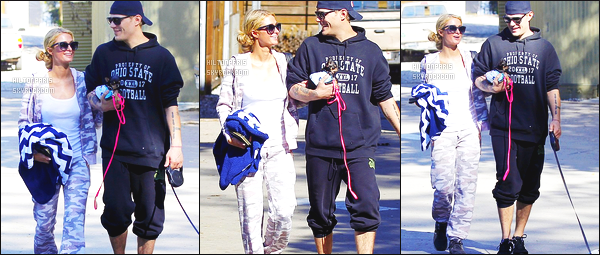------- 28/02/17: La princesse Paris Hilton  en promenade 'avec ses chiens avec son petit ami dans la journée -  Canyon. Petit top pour la  tenue en velours, c'est une tenue assez simple pour un candid. J'adore trop ses lunettes de soleil. Elle est vraiment  jolie. -------