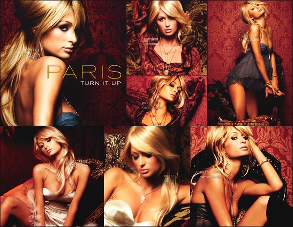 --------   • • Découvrez la princesse Paris Hilton en shoot pour l'album de  « CD Paris » - 2006  Paris Hilton est top dans se shoot, j'aime trop se shoot elle est tellement magnifique. Gros top.  J'adore beaucoup les tenues qu'elle porte.  --------