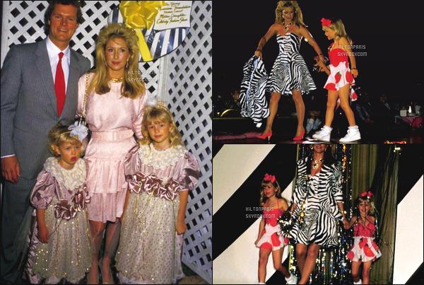 ------- 24/03/88:   Notre toute petite Paris Hilton photographiée assistant au defilé de « Benefit » - dans Los Angeles. Elle est tellement adorable toute petite, deja elle sait y faire sur les podiums, accompagnée de sa maman, de son papa et sa s½ur Nicky.  -------