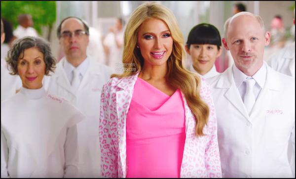 ---------   •• Découvrez les videos du poisson d'avril de princesse Paris Hilton qui est drôle - Avril 2017.  Pour une campagne publicitaire, Paris Hilton a accepté de promouvoir un faux produit absurde avant d'admettre l'arnaque. Elle est mimi.  ---------