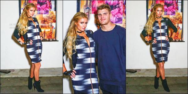 ------- 12/05/17: Sublime Paris Hilton   photographiée   à l'événement de  de System Magazine avec Chris à Los Angeles. Je n'aime pas trop la robe, Paris a fait tellement mieux. Elle est adorable d'être toujours avec son amoureux Chris. Top pour les cheveux.  -------