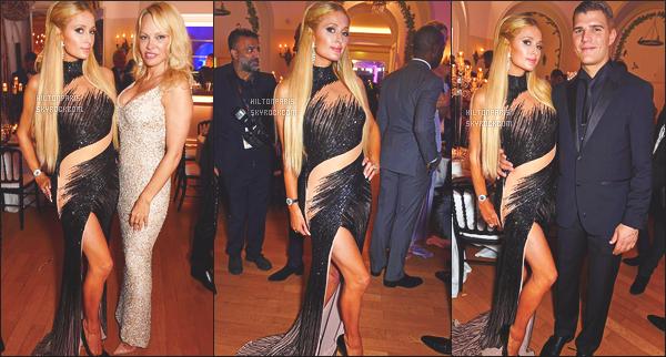------- 23/05/17:  La princesse Paris Hilton photographiée au grand evenement  De Grisogono à  Cannes dans la soirée.  Elle pose sur les photos avec son petit ami et la belle Pamela. Je lui accorde un gros top pour Paris, j'adore trop. Elle est tres merveilleuse. -------