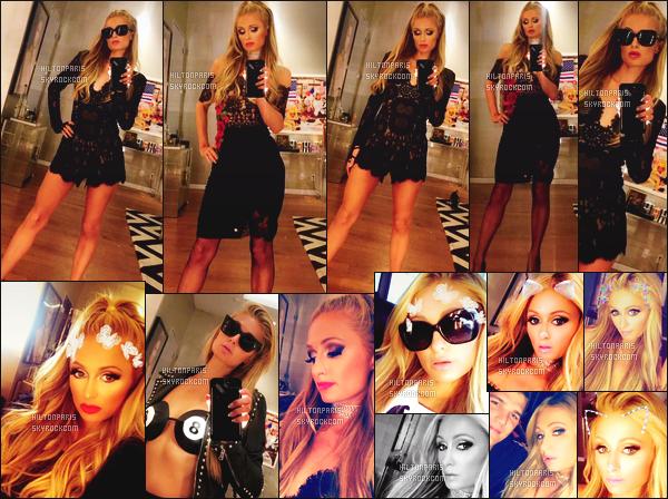 """--------------------------------------  """"""""RESEAUX SOCIAUX"""""""" Découvrez les dernières photos de mlle Paris toujours  actif sur Instagram ou Snapchat. Septembre 2017 -  Des photos de notre  merveilleuse Paris Hilton vue dans son appartement à New York essayent plein de tenues. --------------------------------------"""