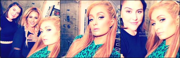"""--------------------------------------  """"""""RESEAUX SOCIAUX"""""""" Découvrez les dernières photos de mlle Paris toujours  actif sur Instagram ou Snapchat.  Octobre 2017 -     Photos de la princesse Paris chez elle à Los Angeles. Accompagnée d'une maquilleuse. J'adore beaucoup ses  cheveux. --------------------------------------"""