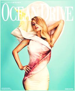 --------   • • Voici  Paris Hilton en shoot pour le magazine « Ocean Drive  » - Novembre 2017  Jolie Paris Hilton est top dans se shoot, j'aime trop  elle est tellement merveilleuse et si sublime. J'adore  assez les tenues qu'elle porte.  --------