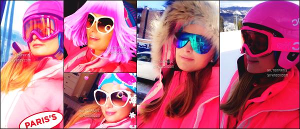 ------- 27/12/17: Notre merveilleuse  Paris Hilton   photographiée dans la grande station de ski dans la journée - Aspen.  Bon c'est une tenue simple petite combinaison de ski qui lui va vraiment bien. J'adore beaucoup, j'aime ses lunettes de soleil. Petit top. -------